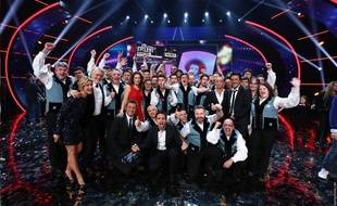 Le bagad de Vannes sur le plateau de l'émission La France a un incroyable talent.