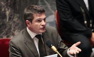 """Le secrétaire d'Etat au Logement, Benoist Apparu, a estimé vendredi à Soyaux (Charente) que le fait que le logement s'invite dans la campagne présidentielle constituait une """"excellente nouvelle"""", défendant le bilan du gouvernement sur cette question."""