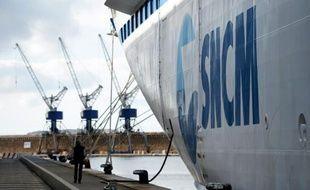"""Le ferry """"Danielle Casanova"""" de la compagnie SNCM le 9 janvier 2014 dans le port de Marseille (sud)"""
