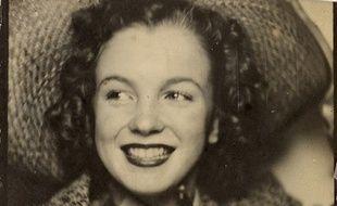 Autoportrait de Norman Jean Baker, alias Marylin Monroe vers 1940