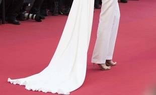 Les chaussures à talon de Cansu Dere au 68e Festival de Cannes, le 18 mai 2015.