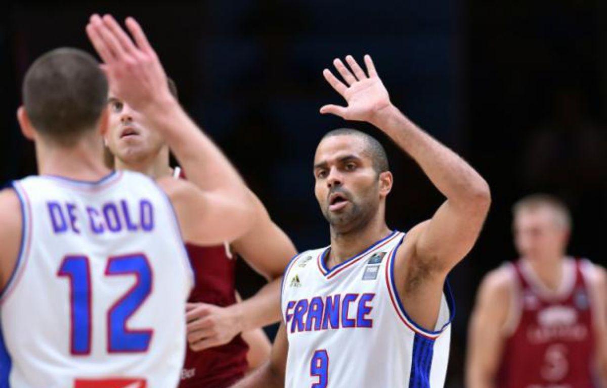 Le meneur de l'équipe de France Tony Parker en quarts de finale de l'Euro face à la Lettonie, le 15 septembre 2015 à Villeneuve d'Ascq – PHILIPPE HUGUEN AFP