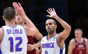 Le meneur de l'équipe de France Tony Parker en quarts de finale de l'Euro face à la Lettonie, le 15 septembre 2015 à Villeneuve d'Ascq