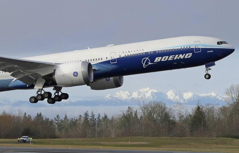 Le Boeing 777X entame son vol inaugural