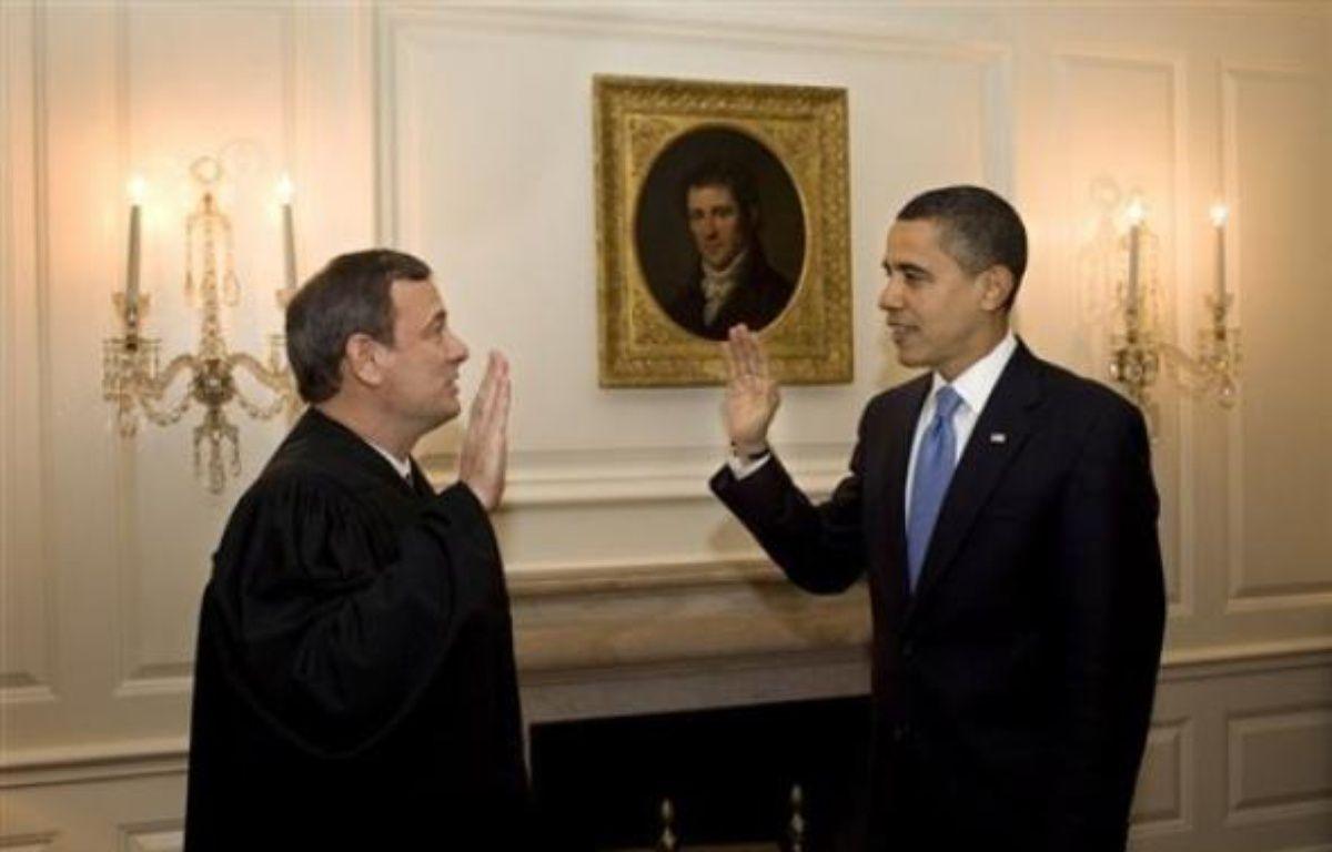 Barack Obama a pris la décision rarissime de prêter le serment de président une deuxième fois mercredi, après un cafouillage la veille lors de la première cérémonie d'investiture en public, a indiqué la Maison Blanche. – Pete Souza AFP