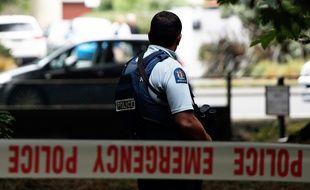 Un policier lors des attentats de Christchurch, en Nouvelle-Zélande, le 15 mars 2019.