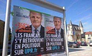 Affiches de l'UPR de François Asselineau en Isère