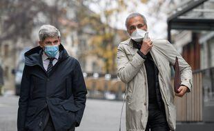 Tariq Ramadan à Genève, accompagné de son avocat François Canonica (à gauche), le 10 novembre 2020.