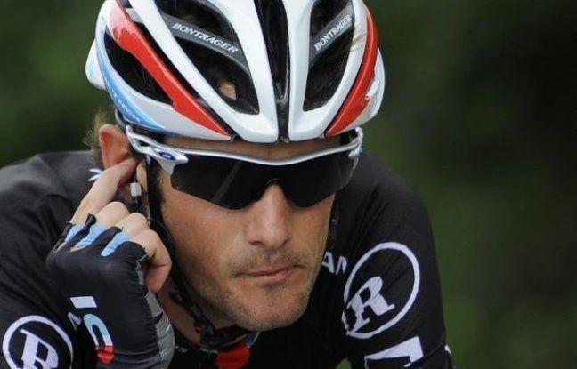 """Le Luxembourgeois Frank Schleck, troisième l'an passé, a quitté le Tour de France, mardi, suite à un contrôle antidopage positif à un diurétique que son équipe RadioShack a déclaré """"ne pas pouvoir expliquer"""