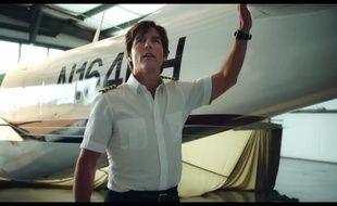 Tom Cruise dans Barry Seal: American traffic de Doug Liman