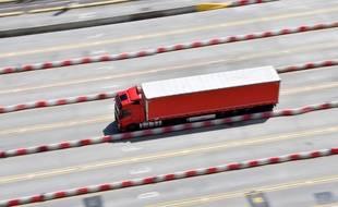 Un camion de frêt au port de Douvres (photo d'illustration)