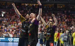 Les joueurs du HBC Nantes exultent après avoir éliminé le PSG en demi-finale de Ligue des champions 2017-2018.