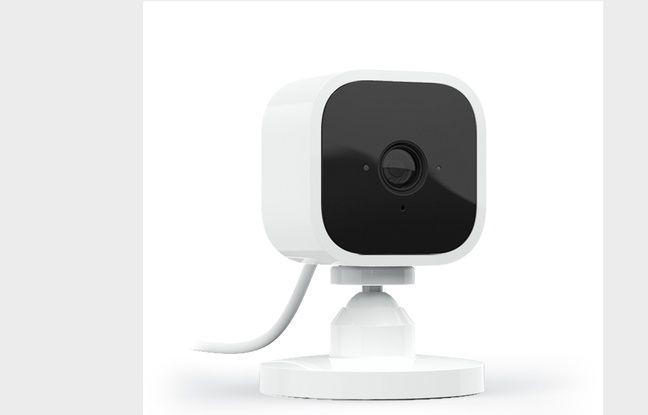 La caméra Blink Mini d'Amazon pour le premier équipement de surveillance connecté abordable.