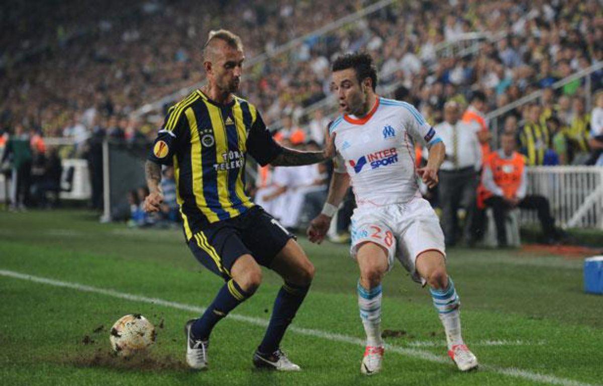 Le Marseillais Mathieu valbuena sur la pelouse de Fenerbahçe, le 20 septembre 2012. – BULENT KILIC / AFP