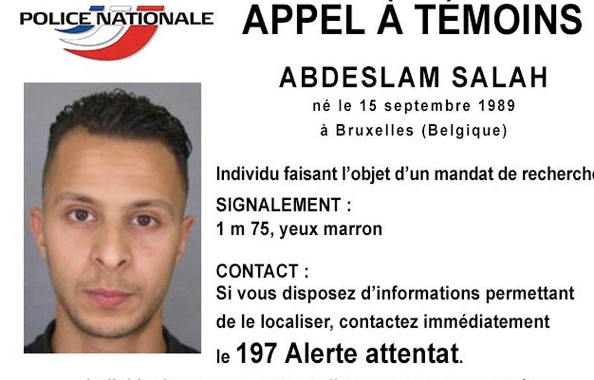 La police nationale a lancé un appel à témoins concernant Salah Abdeslam, recherché dans le cadre de l'enquête sur les attentats à Paris le 13 novembre 2015. – POLICE NATIONALE