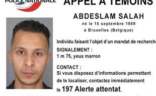 La police nationale a lancé un appel à témoins concernant Salah Abdeslam, recherché dans le cadre de l'enquête sur les attentats à Paris le 13 novembre 2015.