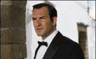 Égypte 1955: le Caire est un véritable nid d'espions. Tout le monde se méfie de tout le monde, tout le monde complote contre tout le monde. René Coty, envoie son arme maîtresse mettre de l'ordre dans cette pétaudière au bord du chaos: Hubert Bonisseur de la Bath (Jean Dujardin), dit OSS 117.