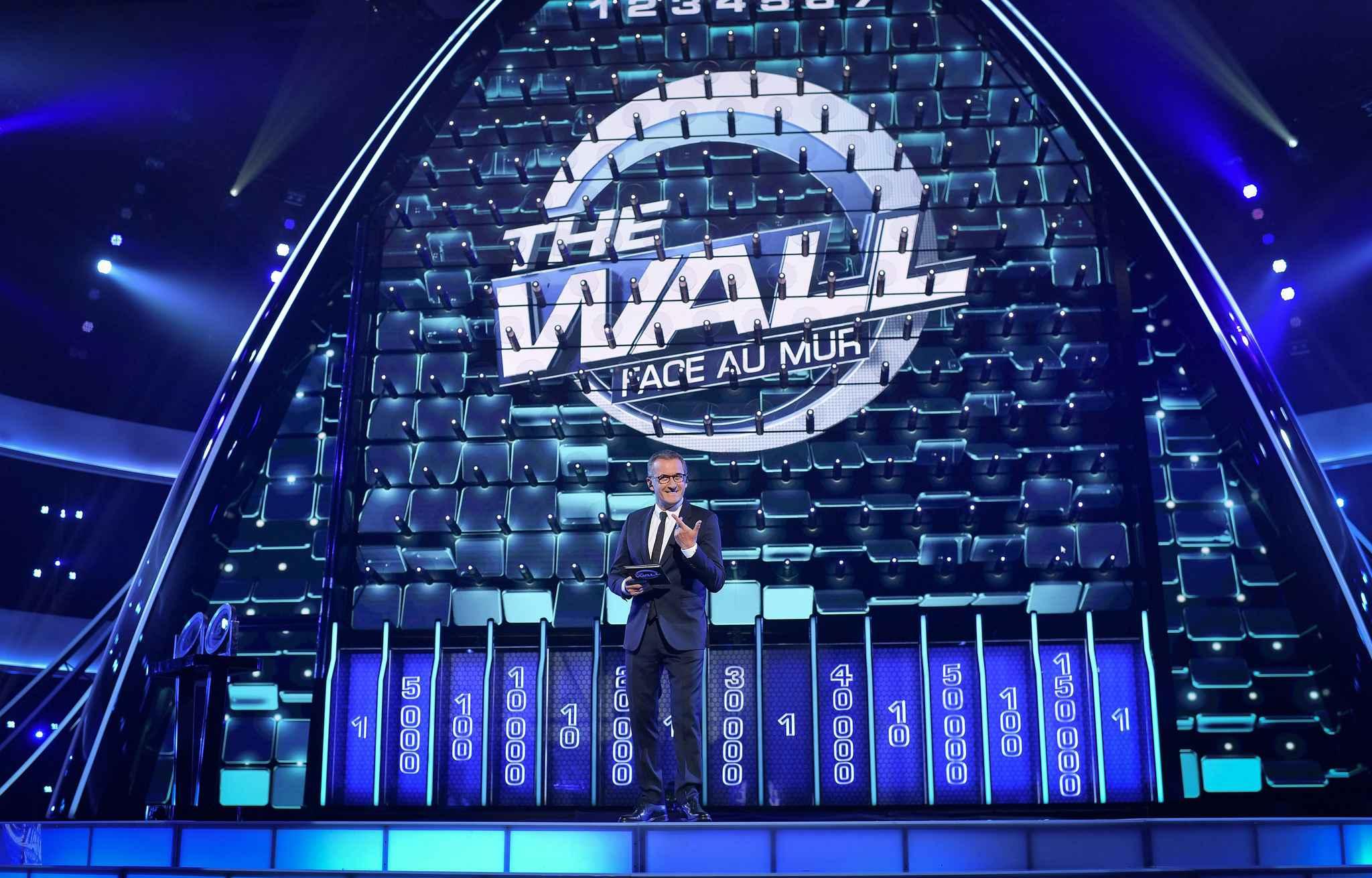 """BOOM! GERRY SCOTTI CONDURRÀ """"THE WALL"""""""
