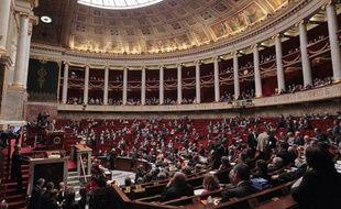 Vue générale de l'hémicycle de l'Assemblée nationale durant la séance des questions au gouvernement, le 20 octobre 2010 à Paris.