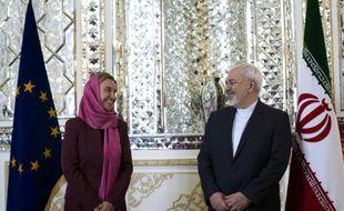 La chef de la diplomatie européenne Federica Mogherini et son homologue iranien Mohammad Javad Zarif à Téhéran, le 28 juillet 2015