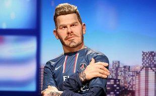 La marionnette de David Beckham fait sa première apparition aux Guignols de l'info mercredi 13 février 2013.