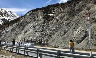 La RN22, une des routes qui permet d'accéder à l'Andorre depuis l'Ariège, est fermée depuis le 27 avril au soir suite à un glissement de terrain.