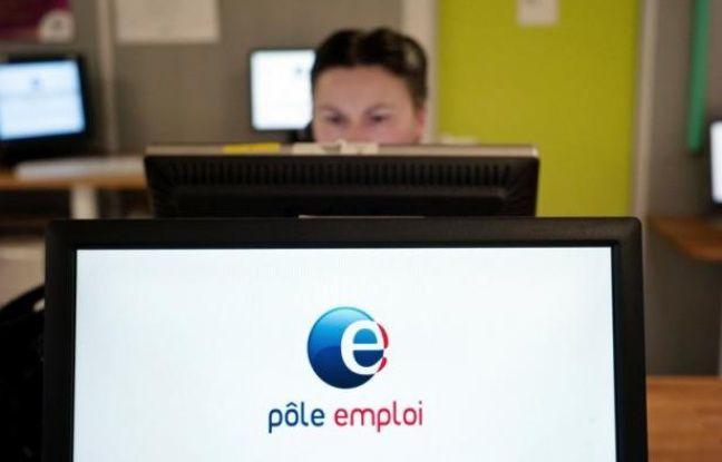 """Le SNU, syndicat majoritaire à Pôle emploi, a appelé jeudi les agents à se mettre en grève le 14 novembre pour dénoncer une """"dégradation des services rendus"""" et un manque d'effectifs, au lendemain de la publication de chiffres du chômage en nette hausse."""