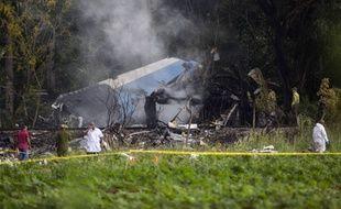 113 personnes se trouvaient à bord du Boeing 737-200 qui s'est écrasé vendredi dans une zone de cultures peu après avoir décollé de l'aéroport international Jose Marti de La Havane.