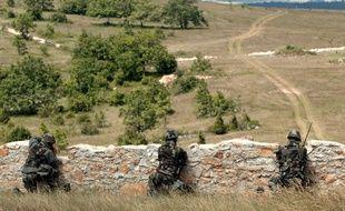 Lors d'un entrainement militaire, sur le plateau du Larzac.