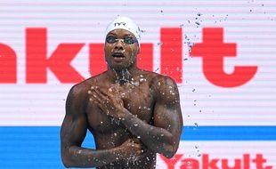 Mehdy Metella, pas du tout baraqué, avant le départ de la demi-finale du 100m nage libre aux Mondiaux de Budapest.