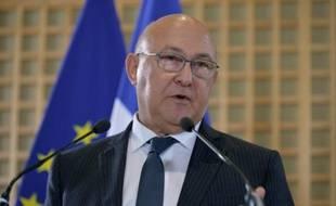 Le ministre des Finances Michel Sapin lors d'une conférence de presse le 16 septembre 2015 à Paris