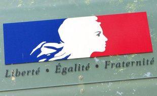 """Illustration de la devise républicaine """"Liberté, Egalité, Fraternité""""."""