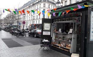 Lulu dans ma rue a démarré en avril 2015 d'un kiosque de la place Saint-Paul dans le Marais.