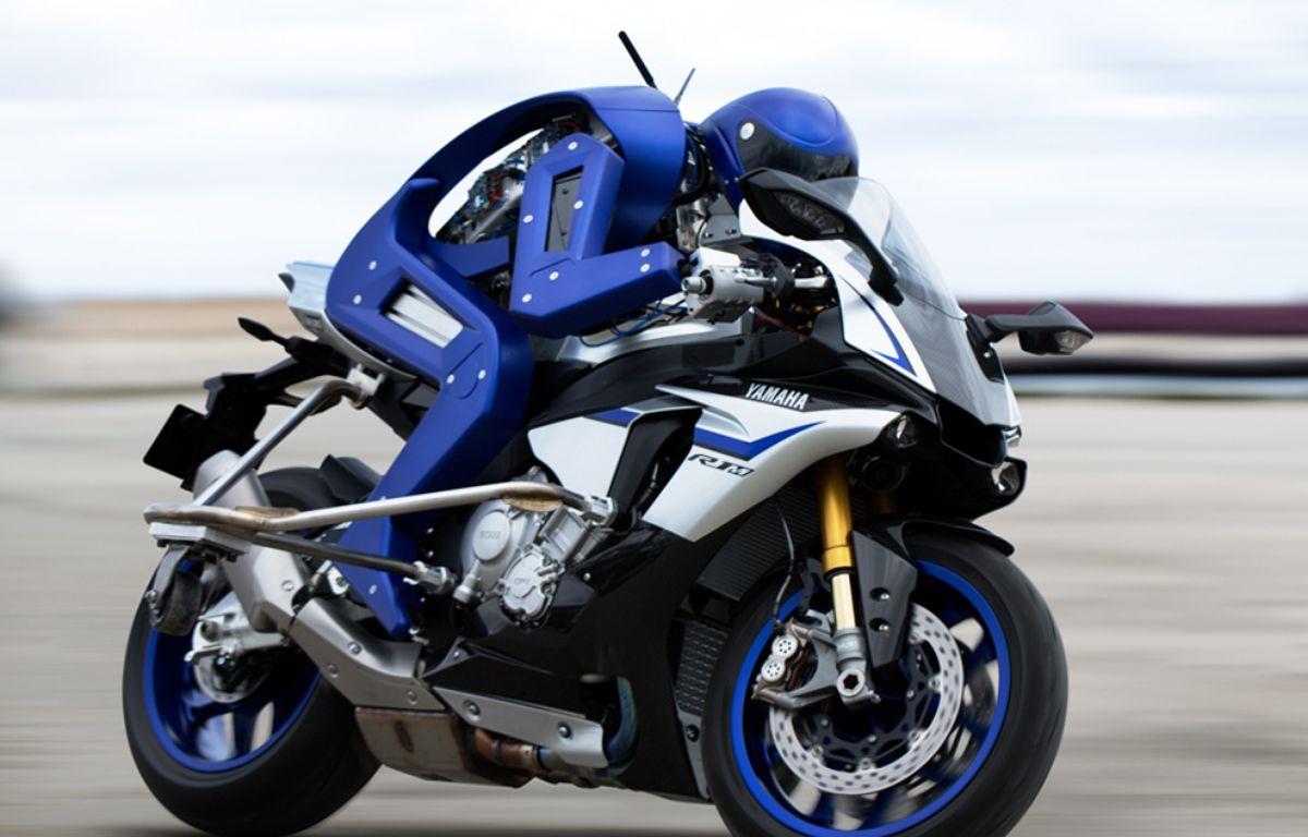 La première moto autonome a été présentée au salon de Tokyo ce 28 octobre, par Yamaha. Son nom ? Motobot. – Yamaha