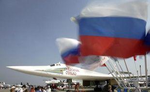 Un bombardier Tupolev TU-160 au salon de l'aviation de Zhukovsky près de Moscou en 2007.