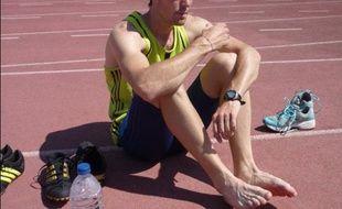 Le champion de France 2009 du 800m Jeff Lastennet se prépare à l'Insep pour les Mondiaux d'athlétisme de Berlin, le 6 août 2009.