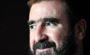 Star sulfureuse du football puis comédien, Eric Cantona se lance dans le débat de la présidentielle française en sollicitant auprès d'élus les 500 parrainages nécessaires à une candidature, pour alerter sur la crise du logement.
