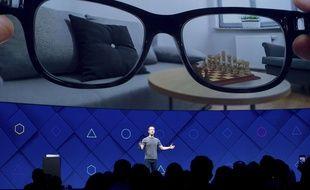 Mark Zuckerberg lors de la conférence F8, le 18 avril 2017.