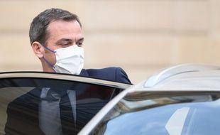 Olivier Véran estime que le nombre de cas journalier de coronavirus sera sous la barre des 15.000 d'ici le 19 mai 2021.