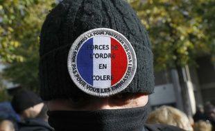 Manifestation de policiers en solidarité avec un de leur collègue convoqué par l'Inspection générale de la police nationale (IGPN), à Paris, le 3 novembre 2016.