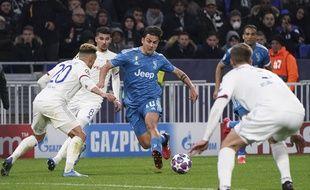 Paulo Dybala lors de Lyon-Juventus en 8e de finale aller de la Ligue des champions, le 26 février 2020.