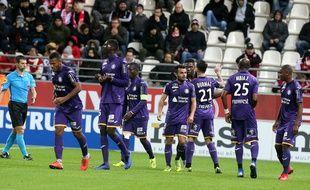 La joie des joueurs du TFC après le but d'Issiaga Sylla, le 5 décembre 2018 à Reims.