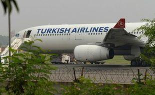 Un avion de la Turkish Airlines le 7 juillet 2015 sur l'aéroport de New Delhi