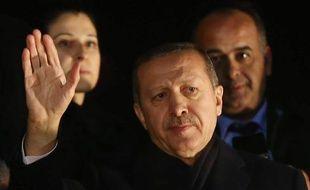 Le Premier ministre turc Recep Tayyip Erdogan à l'aéroport d'Ankara le 24 décembre 2013.