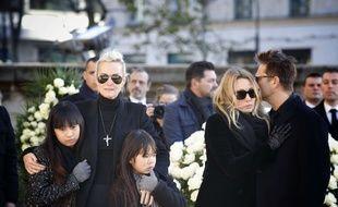 Laeticia Hallyday, his daughters Joy and Jade, Laura Smet, David Hallyday Funeral ceremony for Johnny Hallyday at the Eglise de la Madeleine (La Madeleine Church) in Paris, on December 9, 2017 //SIPA_pool013158/Credit:Denis ALLARD-POOL/SIPA/1712091825