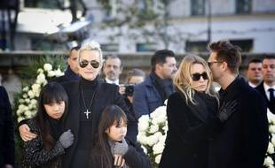 Laeticia Hallyday, his daughters Joy and Jade, Laura Smet, David Hallyday Funeral ceremony for Johnny Hallyday at the Eglise de la Madeleine (La Madeleine Church) in Paris, on December 9, 2017 //SIPA_pool013158/Credit:Denis ALLARD-POOL/SIPA/1712091825