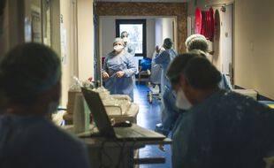 Coronavirus: 351 nouveaux décès à l'hôpital en 24 heures (Illustration)