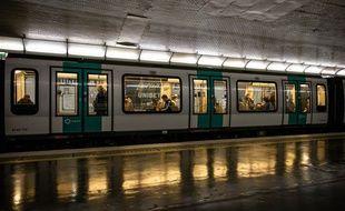 Valérie Pécresse entend revenir à une offre de transports publics normale pour début juin.