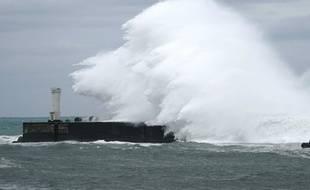 Les prémices du typhon Hagibis sur le port de Kiho.