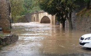 A Lagrasse, ce lundi 15 octobre, dans l'Aude.